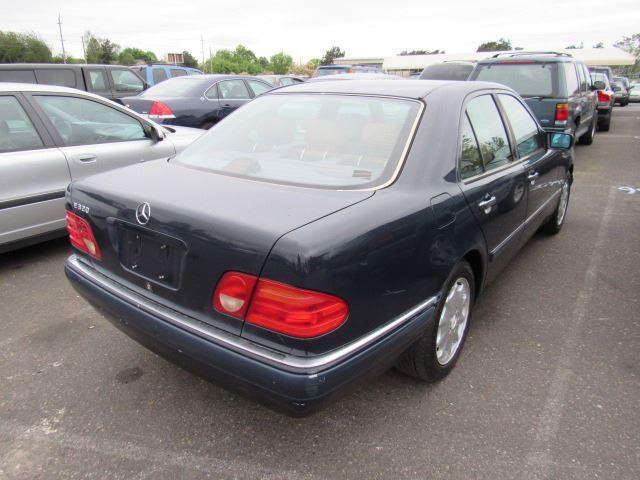 1996 Mercedes-Benz E320 - Speeds Auto Auctions
