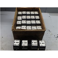 SIEMENS 3TH4271-0B CONTACTOR RELAY *LOT OF 24*