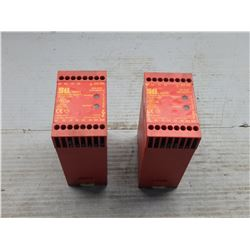 SCIENTIFIC TECHNOLOGIES INC. SR09A UNIVERSAL SAFETY RELAY UNIT *LOT OF 2*
