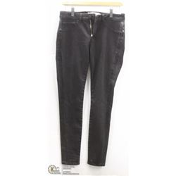 (WOMENS) PAIR OF BLACK AAIKO SKINNY JEANS SIZE 27
