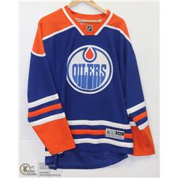 REEBOK OFFICIALLY LICENSED OILERS JERSEY SIZE XL