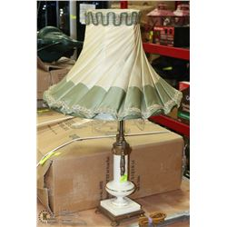 1920S LAMP WITH SHADE