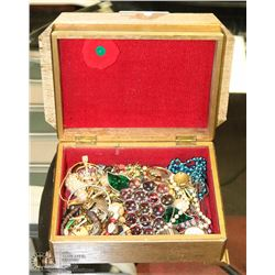 1960'S WOODEN JEWELLERY BOX  WITH CONTENTS