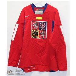 SIZE MEDIUM CZECH REPUBLIC JERSEY