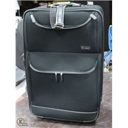 LARGE CHAPS BLACK EXPANDABLE SUITCASE