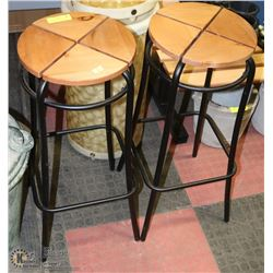SET OF 2 BAR STOOLS 29' HIGH