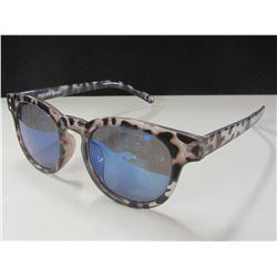 New Women's Foster Grant Sunglasses/ 100% protection