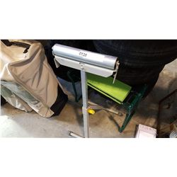 GARDENING BENCH AND SHOP ROLLER