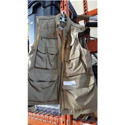 FISHING VEST AND ROD IN CASE