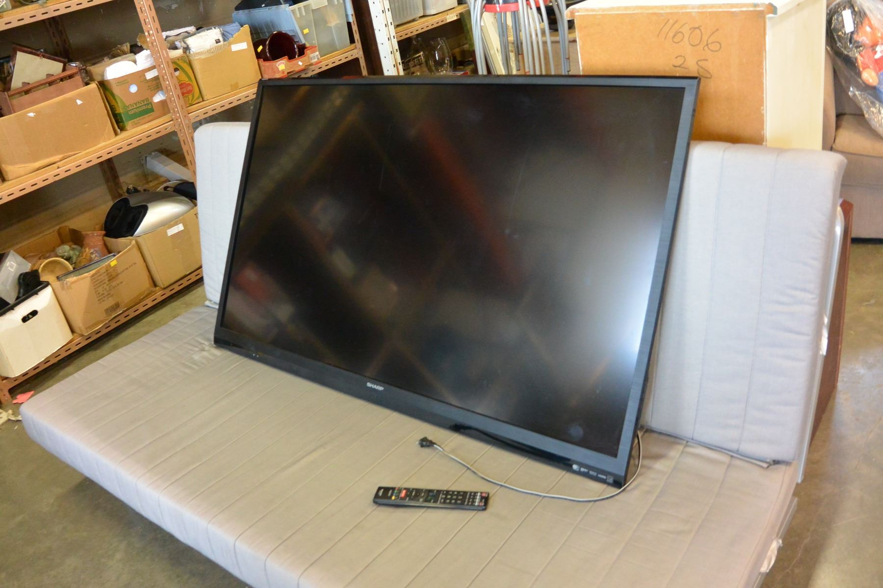 SHARP AQUOS 60 INCH LCD TV WITH REMOTE, WIFI AND APPS, NETFLIX, TESTED  WORKING