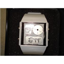 BRAND NEW DUAL TIME WATCH IN GIFT TIN