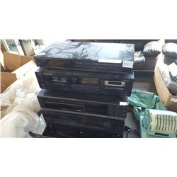 LOT OF STEREO COMPONENTS