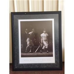 LARGE FRAMED ROGER MARIS PHOTOGRAPH 61st HOME RUN OCTOBER 1 1961