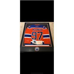 BEAUTIFULLY FRAMED AUTOGRAPHED MCDAVID JERSEY.  CERTIFICATE OF AUTHENTICATION AND MATCHING CARD.