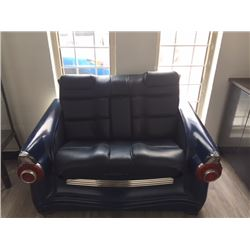 NO RESERVE CLASSIC CAR COUCH 1955 FAIRLANE