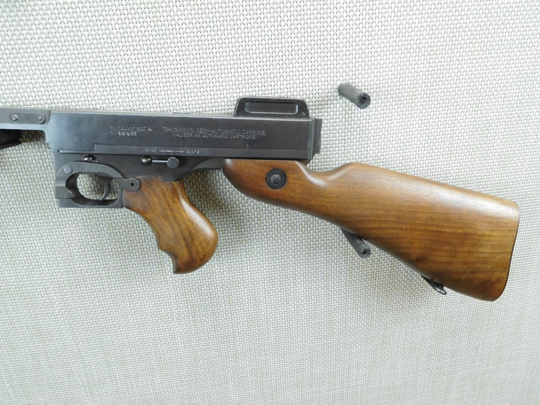 THOMPSON , MODEL: MODEL OF 1927A1 , CALIBER: 45 ACP