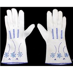 Northern Plains Indian Tanned Gauntlet Gloves