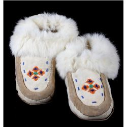 Inuit Eskimo Hard Sole Beaded Fur Lined Moccasins