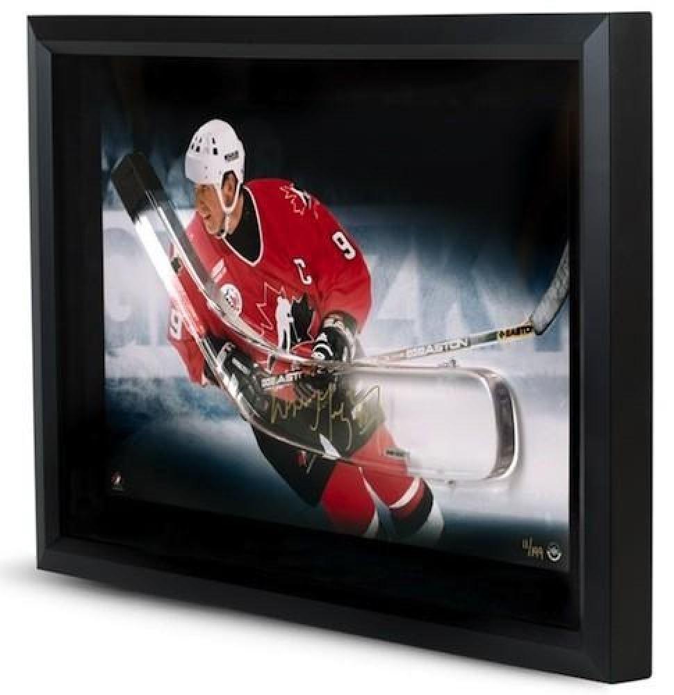 Wayne Gretzky Signed Team Canada LE 16x24 Custom