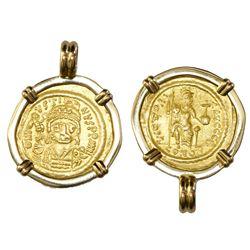 Byzantine Empire, AV solidus, Justin II (565-574 AD), Constantinople mint, mounted in 18K gold bezel