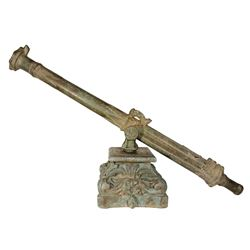 Early Dutch or Spanish colonial bronze swivel-mounted cannon, 1600s-1700s, with old colonial carved