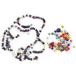 Lot of hundreds of tiny glass trade beads (colonial era) found in Florida.