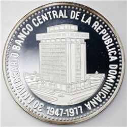 Dominican Republic, proof 30 pesos, 1977, Thirtieth Anniversary of the Central Bank.