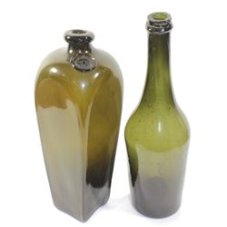 Lot of two bottles: French wine (ca. 1780) and Dutch case gin (ca. 1860).
