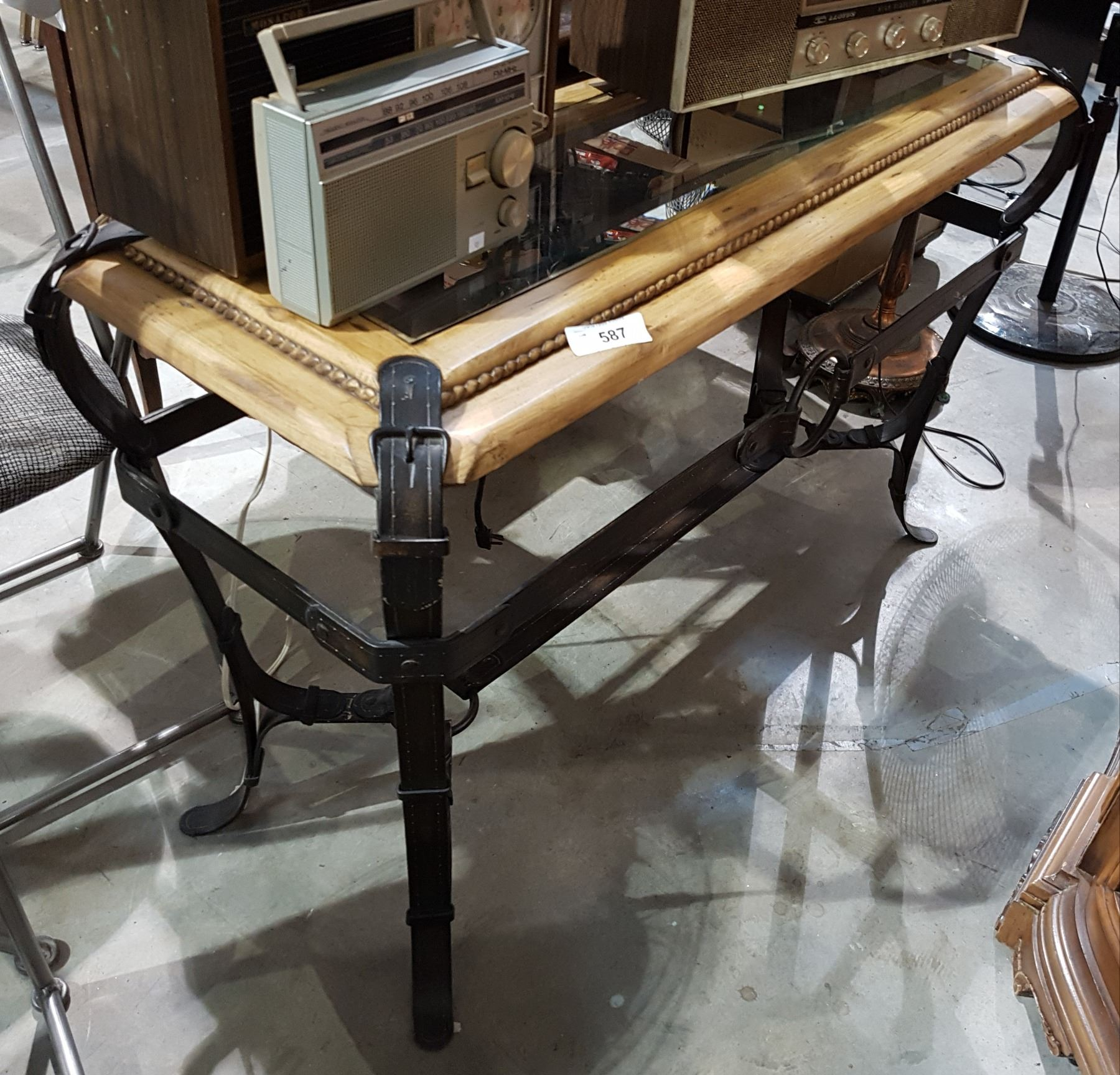 Strange Western Motif Sofa Table Beutiful Home Inspiration Xortanetmahrainfo