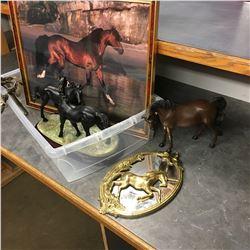 Horse Décor Group (Ornaments & Picture)