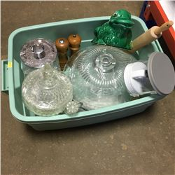 Tote Lot: Variety Clear Glassware & Kitchen Items !