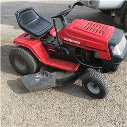 "MTD Yard Machine 15hp / 42"" Ride On Lawn Tractor"