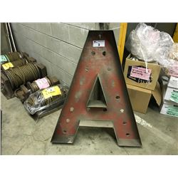 APPROX 8 LARGE PLASTIC SIGN LETTERS
