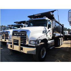 2016 MACK GU713 DUMP, VIN/SN:1M2AX07C9GM060311 - TRI-AXLE, 455 HP MACK MP8 ENGINE, ALLISON A/T, 44K