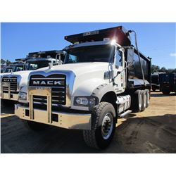 2016 MACK GU713 DUMP, VIN/SN:1M2AX07C0GM060309 - TRI-AXLE, 455 HP MACK MP8 ENGINE, ALLISON A/T, 44K