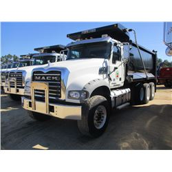 2016 MACK GU713 DUMP TRUCK, VIN/SN:1M2AX07C7GM060310 - TRI-AXLE, 455 HP MACK MP8 ENGINE, ALLISON 450