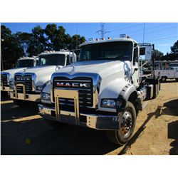 2018 MACK GU713 ROLL-OFF TRUCK, VIN/SN:1M2AX09C4JM037538 - T/A, 415 HP MACK MP8 ENGINE, ALLISON 4500