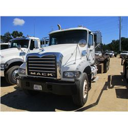 2012 MACK GU713 ROLL OFF, VIN/SN:1M2AX04C3CM010857 - T/A, 405 HP MACK MP7 ENGINE, ALLISON 4500 RDJ T