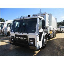2018 MACK LR613 GARBAGE TRUCK, VIN/SN:1M2LR06C5JM003132 - SIDE LOADER, T/A, LH & RH DRIVE CONTROLS,