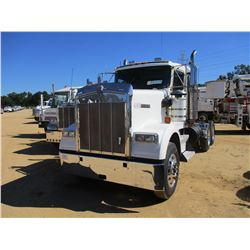 2006 KENWORTH W900 TRUCK TRACTOR, VIN/SN:1XKWDB0X36J137142 - T/A, CAT C15 DIESEL ENGINE, 10 SPEED TR