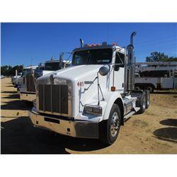 2007 KENWORTH T800 TRUCK TRACTOR, VIN/SN:1XKDDU9X57J1855832 - T/A, 430 HP CAT C13 DIESEL ENGINE, 10