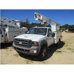 2005 FORD F450 BUCKET TRUCK, VIN/SN:1FDXF46Y35EC25519 - V10 GAS ENGINE, A/T, ALTEC BODY, ALTEC AT200