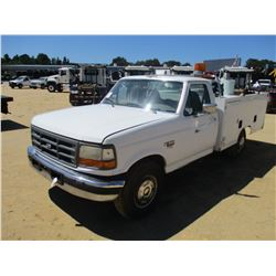1997 FORD F350 SERVICE TRUCK, VIN/SN:3FEHF35F9VMA49371 - POWER STROKE DIESEL ENGINE, 5 SPEED TRANS,