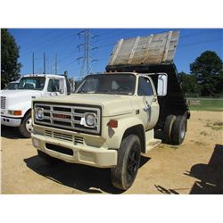 1987 GMC FLATBED DUMP, VIN/SN:1GDG7D1F6HV539186 - V8 GAS ENGINE, 5 SPEED TRANS, GVW 21,800 LB, 12' F