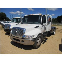 2003 INTERNATIONAL 4400 FLATBED, VIN/SN:1HTMKAAM73H594999 - DT466 DIESEL ENGINE, A/T, SLEEPER CAB, H