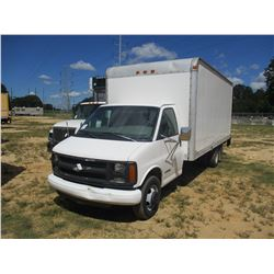 2000 CHEVROLET 3500 BOX TRUCK, VIN/SN:1GBJG31R5Y1213549 - S/A, GAS ENGINE, A/T, 18' VAN BODY, ROLLUP