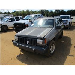 1997 JEEP LAREDO VIN/SN:1J4GZ58S7VC587568 - GAS ENGINE, A/T (DOES NOT OPERATE)
