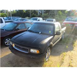 2000 CHEVROLET S10 PICK UP, VIN/SN:1GCCS1944Y8178235 - GAS ENGINE, A/T