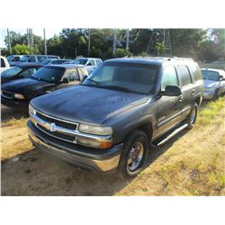 2000 CHEVROLET TAHOE VIN/SN:1GNEK13T3YJ133683 - GAS ENGINE, A/T, ODOMETER READING 312,300 MILES