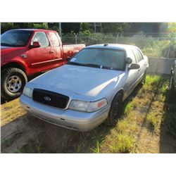 2008 FORD CROWN VICTORIA VIN/SN:2FAHP71V18X159615 - GAS ENGINE, A/T, ODOMETER READING 141,255 MILES